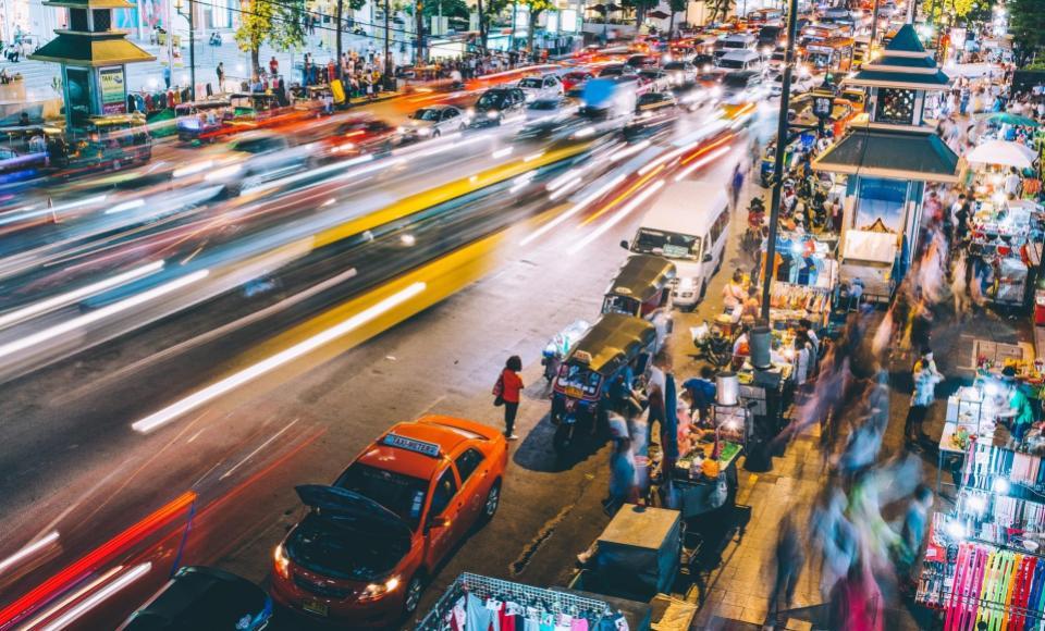 Mercado nocturno de Patpong en Bangkok